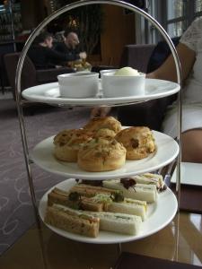 Tea Time at the Four Seasons Canary Wharf